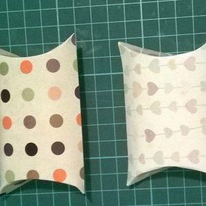 Ctiute personalizate pillow box