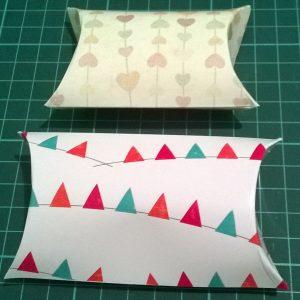 Cutiute personalizate pillow box